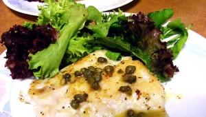 Riba na salati