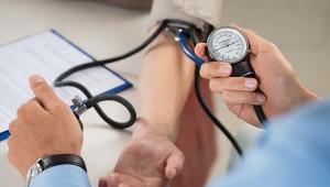 Kako kontrolirati krvni tlak hranom