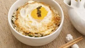 Riža s jajima na azijski način